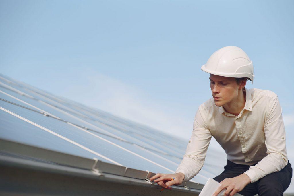 Instalacion-de-energia-fotovoltaica-en-red