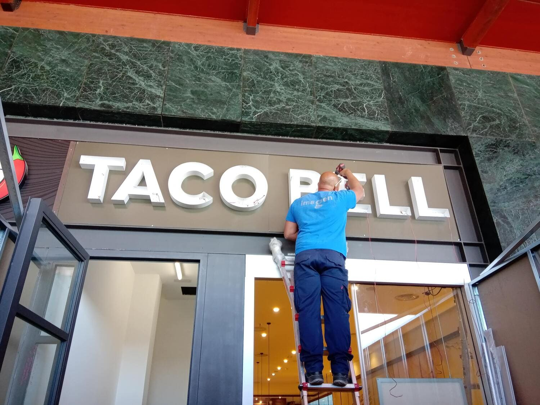 Taco Bell C.c CaÑada Shopping, Marbella